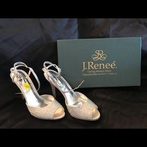 J. Renee Silver Sz. 9 Heels